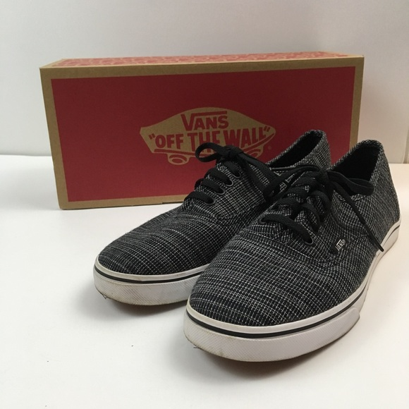810d48c0ee NWT Authentic Lo Pro Woven Chambray Black Vans